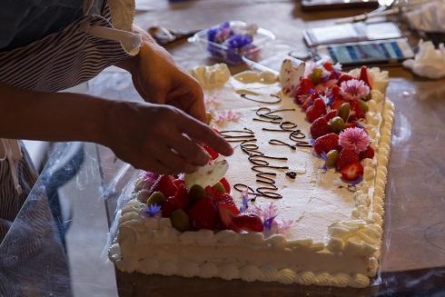 Y邸にてウェディングパーティ用ケーキケータリング イメージ2